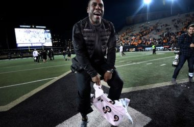 Vanderbilt head coach Derek Mason celebrates last season's win over Tennessee at Vanderbilt Stadium.