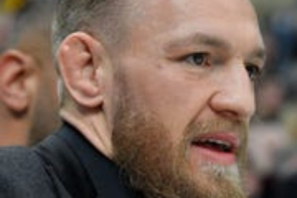 Conor McGregor issued an apology for punching a man at a pub in Dublin.